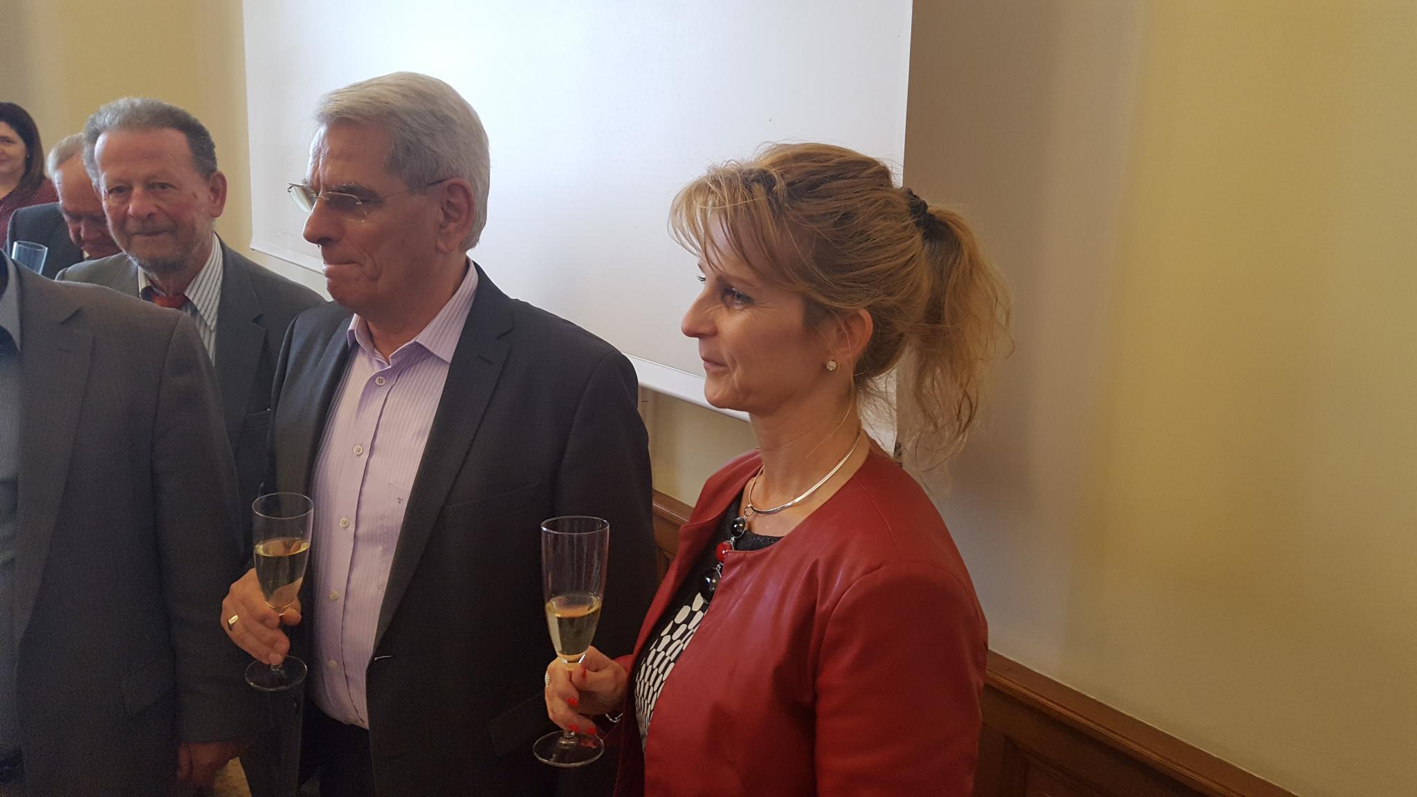 """<a href=""""/node/132"""">dr. Mészáros Tamás (rektor emeritus) és  dr. Pavlik Lívia (kancellár)</a>"""