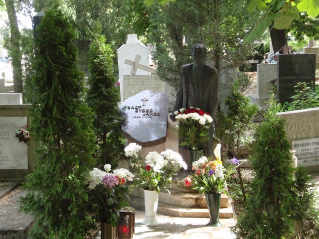 """<a href=""""/node/24"""">Győző síremléke a 2009. évi megemlékezést követően</a>"""
